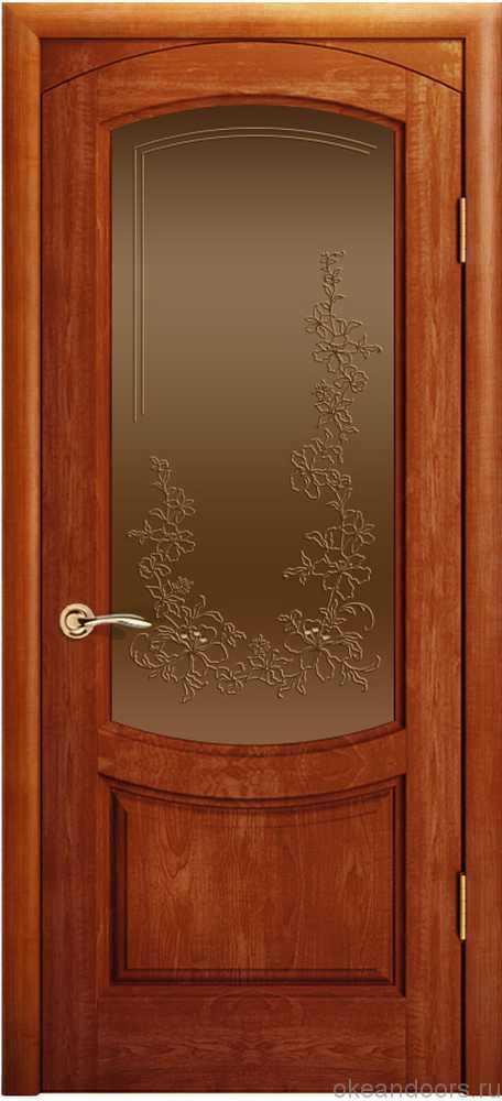 Двери Океан Лувр (красное дерево), стекло бронзовое